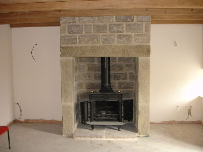 FIRE SURROUNDS & HEARTHS